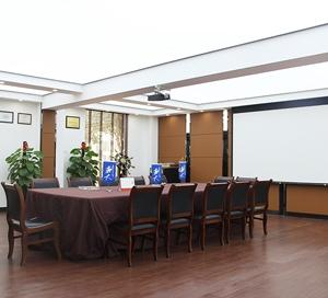 荆大会议室环境